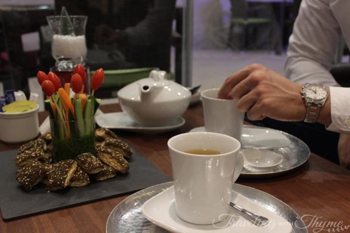 Rotana Hotel Raouche Bella Vita Cafe