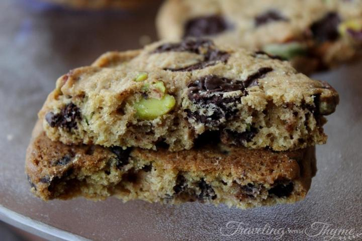 dbbakescakes recipe chocolate chip pistachio cookies