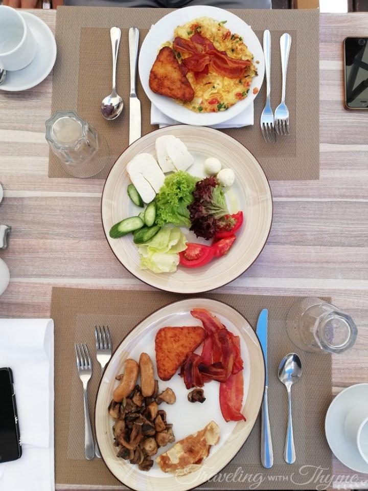 English Breakfast Eggs Intercontinental Hotel Mzaar