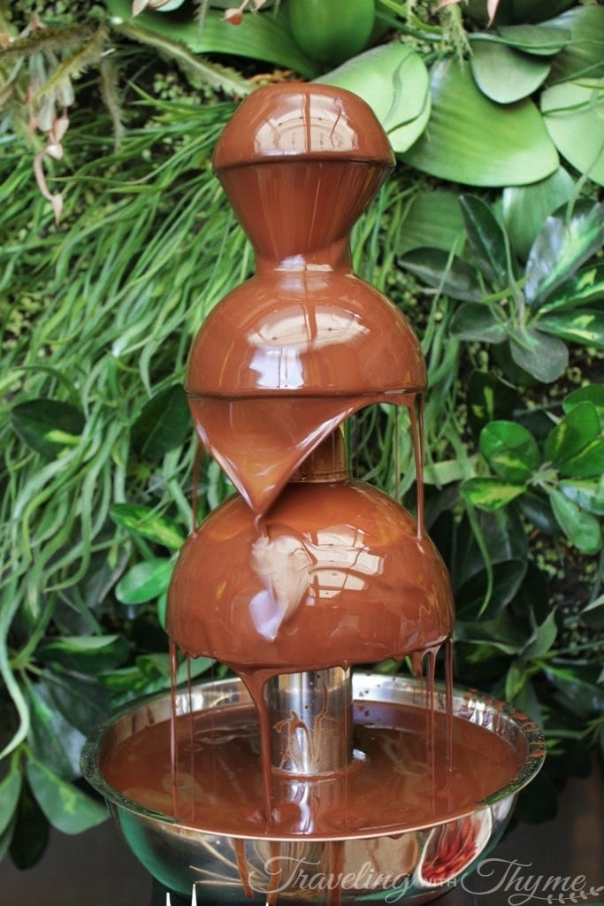 SUD brunch beirut dessert chocolate fountain