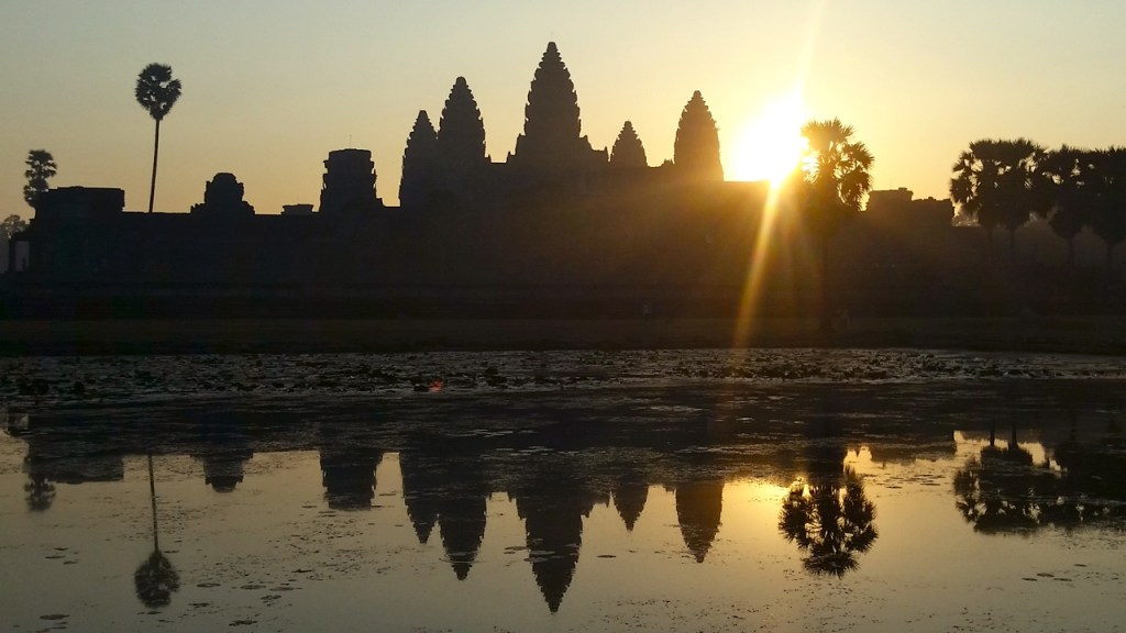 traveling cambodia best and worst