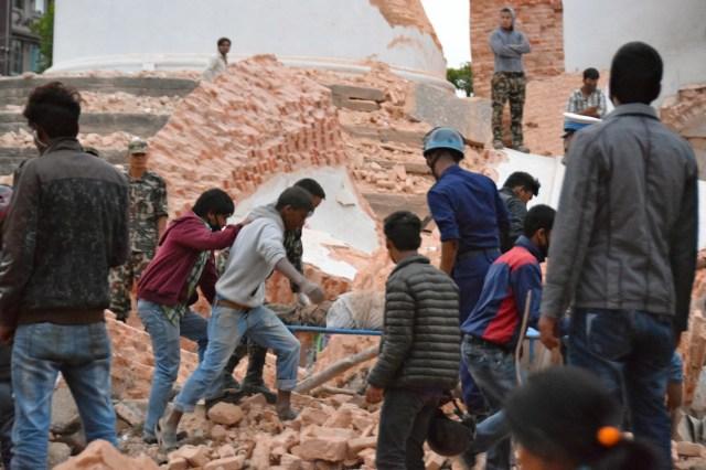 living through the nepal earthquake