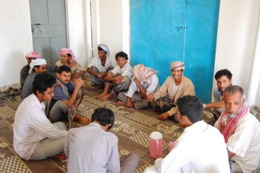 Jazda z Omanu do Jemenu, przydrożna męsko-damska knajpa (2)