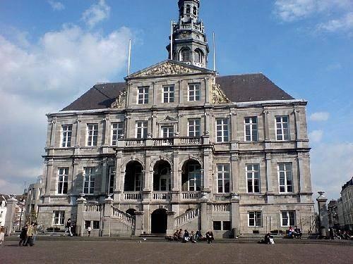 Visitar Ayuntamiento Stadhuis - Maastricht- H, Horario, Tours ...