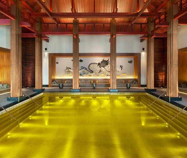 20 Awesome Pools - Gold Energy Pool