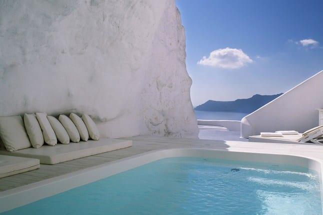 20 Awesome Pools - Katikies Hotel Pool