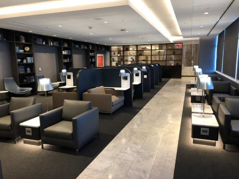 United's SFO Polaris Lounge