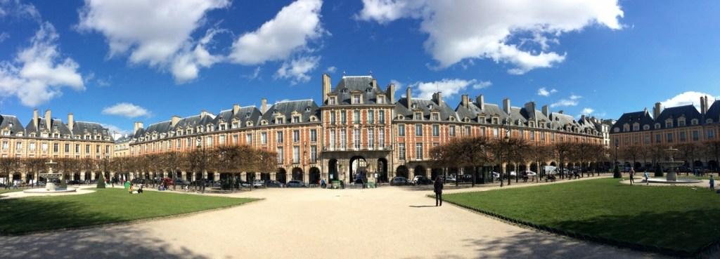 Place des Vosges, Paris; from a travel blog by www.traveljunkiegirl.com