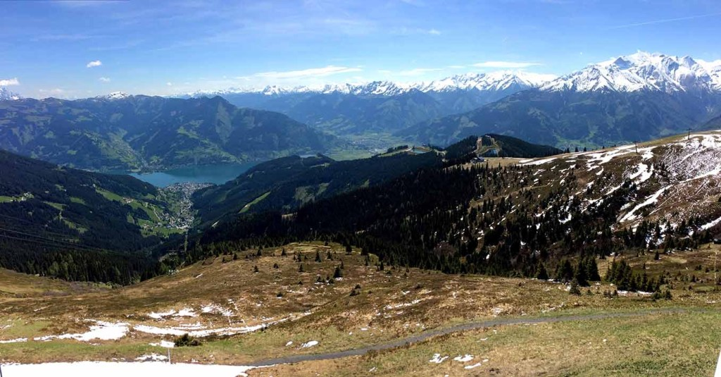Looking down on Lake Zell from the Schmittenhöhe Mountain, Austria; from a travel blog by www.traveljunkiegirl.com