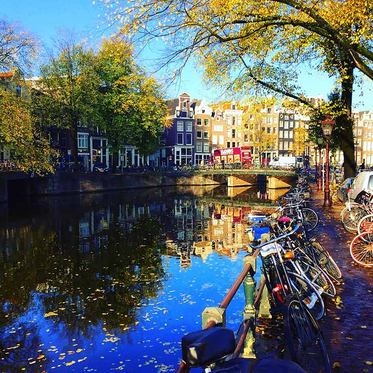 Autumn along Amsterdam's canals; from a travel blog by www.traveljunkiegirl.com