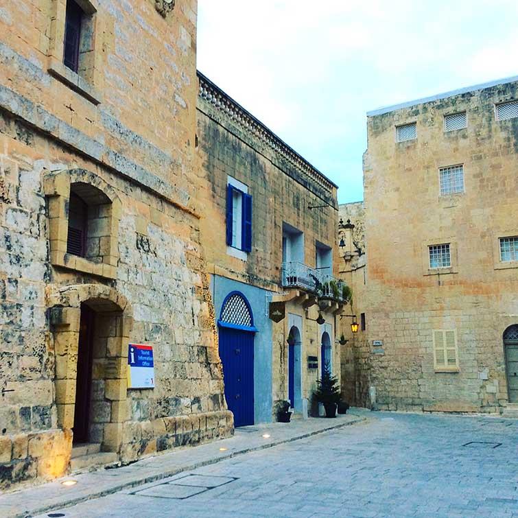 Mdina, Malta; from a travel blog by www.traveljunkiegirl.com