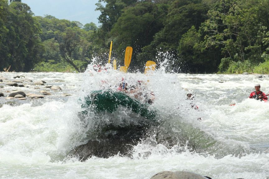 rafting in arenal