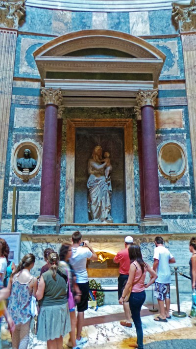 Raphael's Tomb - Birth & Death of the Renaissance via @TravelLatte.net