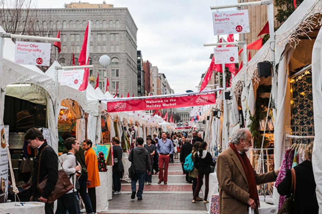 An American Christkindl Market: DC Downtown Holiday Market via @TravelLatte.net