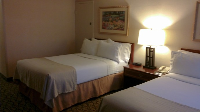 Room photo: Holiday Inn Chicago - Elk Grove