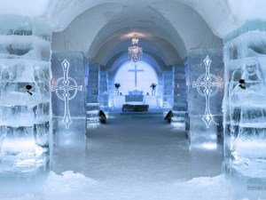 Photo: Sorrisniva Igloo Hotel chapel
