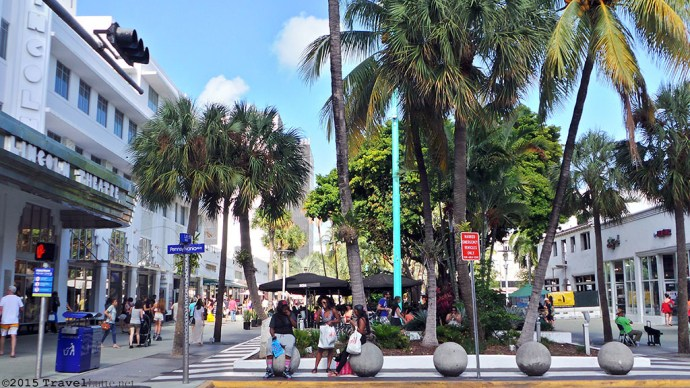 Photo: Lincoln Road mall