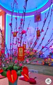 Tet in Texas: Red Packets at Chua Huong Dao Temple