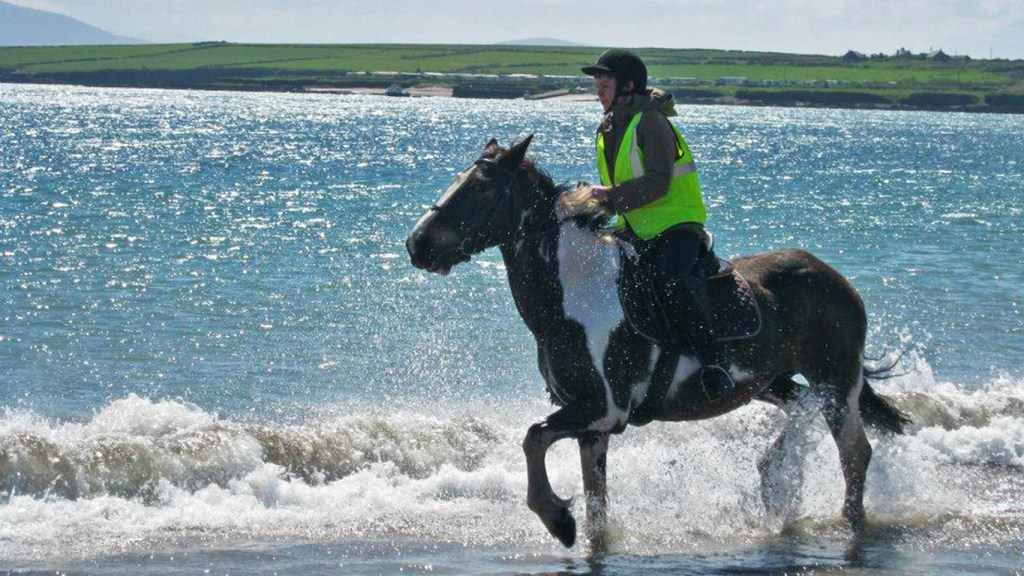 Horseback Riding on the Beach - Heart of the Dingle Peninsula, via Travellatte