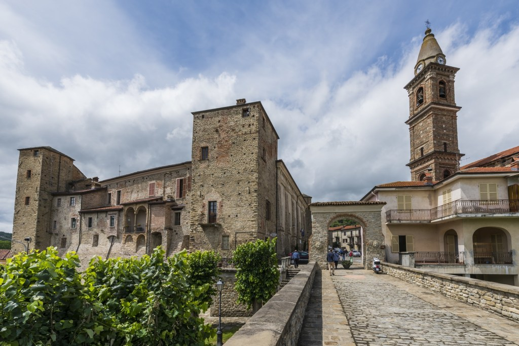 Monastero Bormida, Italy  - Five Villages that Want You to Move to Italy - TravelLatte.net
