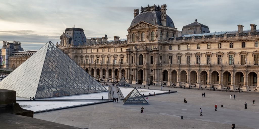 Musee du Louvre - Museum Edition - Armchair Traveler - TravelLatte