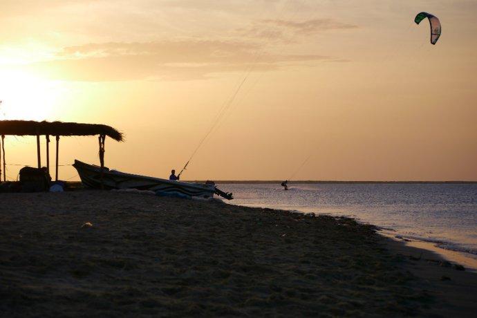 Sri Lanka (16)