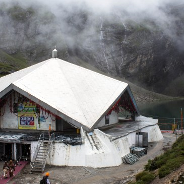 Journey to World's Highest Altitude Gurdwara – Hemkund Sahib