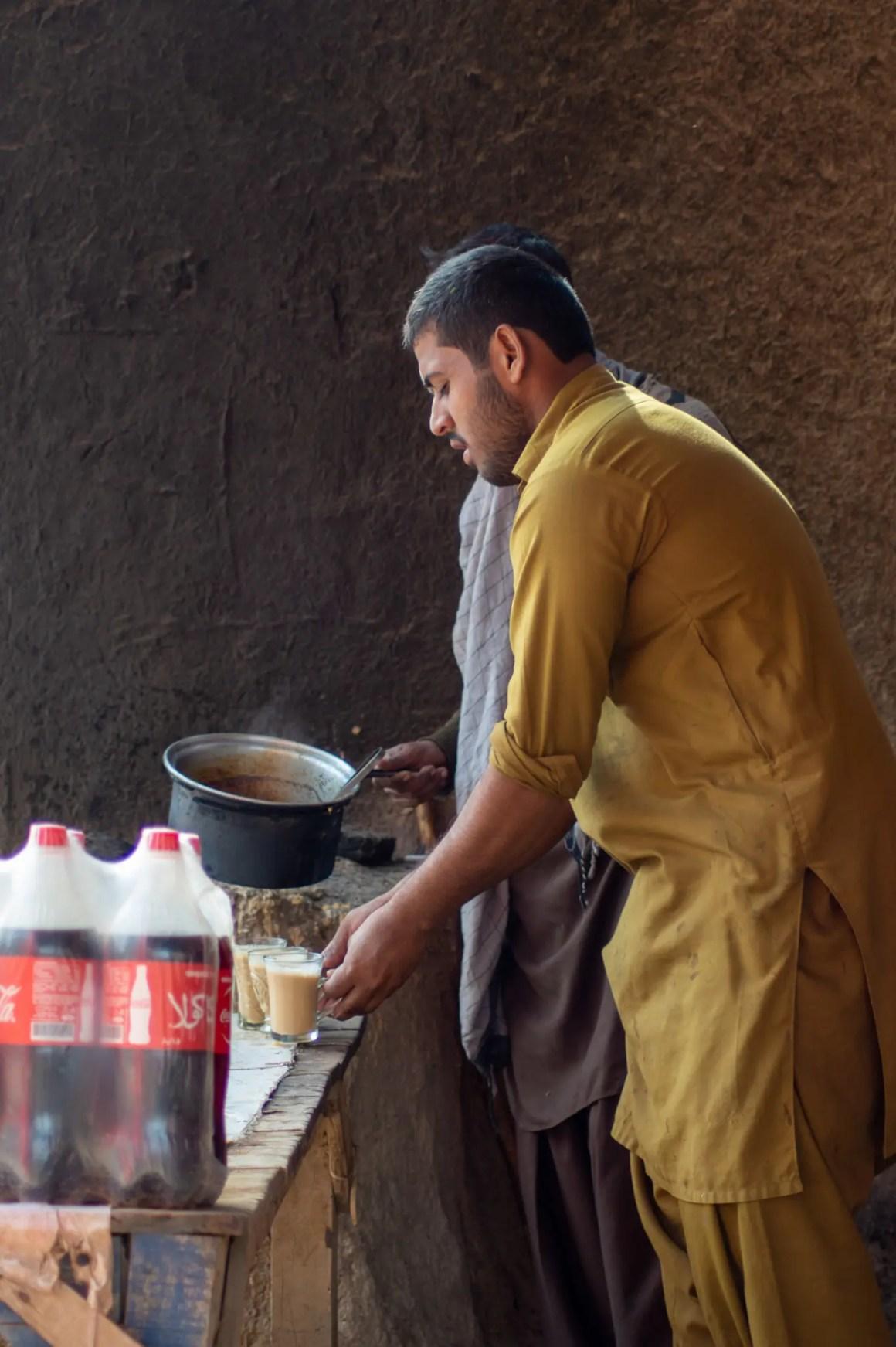 Pakistaans eten zonder thee is niet mogelijk