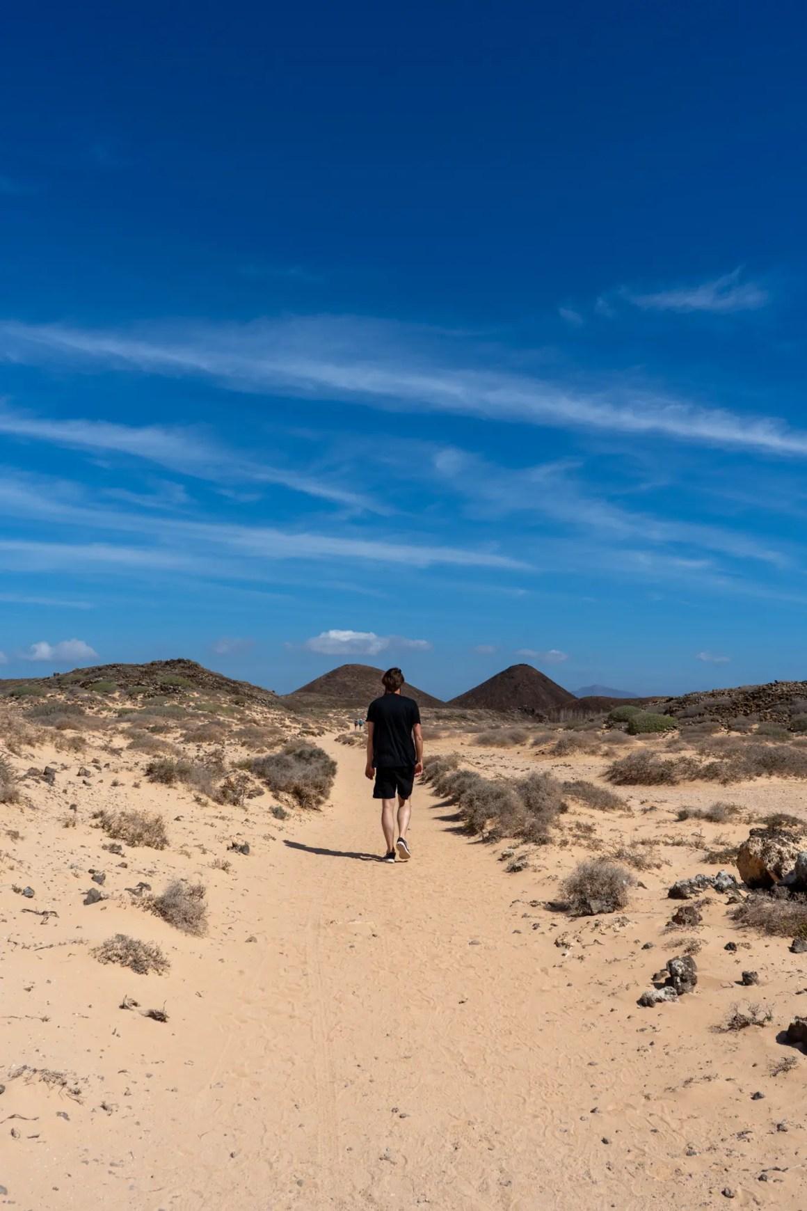 Zandpad op het eiland Lobos