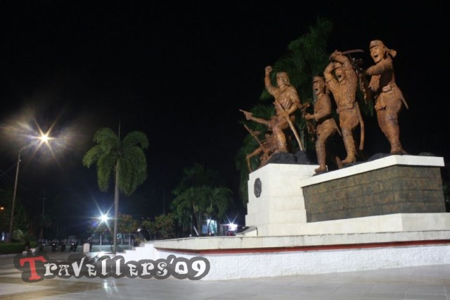 night at monument peta blitar