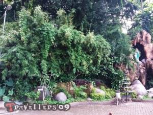 wisata religi gua maria sendangrejo blitar