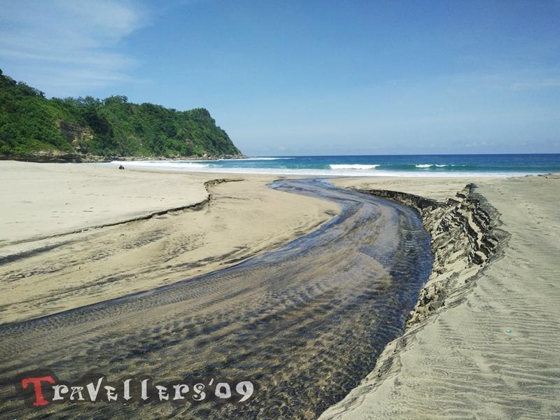 Pantai Gayasan Blitar, Pesonanya Tanpa Kiasan 1