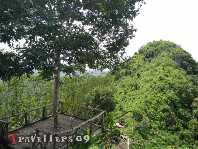 Puncak Rikmo, Puncak Gunung Buthak yang Ditendang Anoman 3