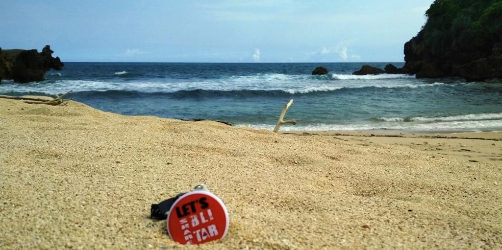 Menengok Pantai Benelan di Ujung Timur Desa Ngadipuro Blitar 28