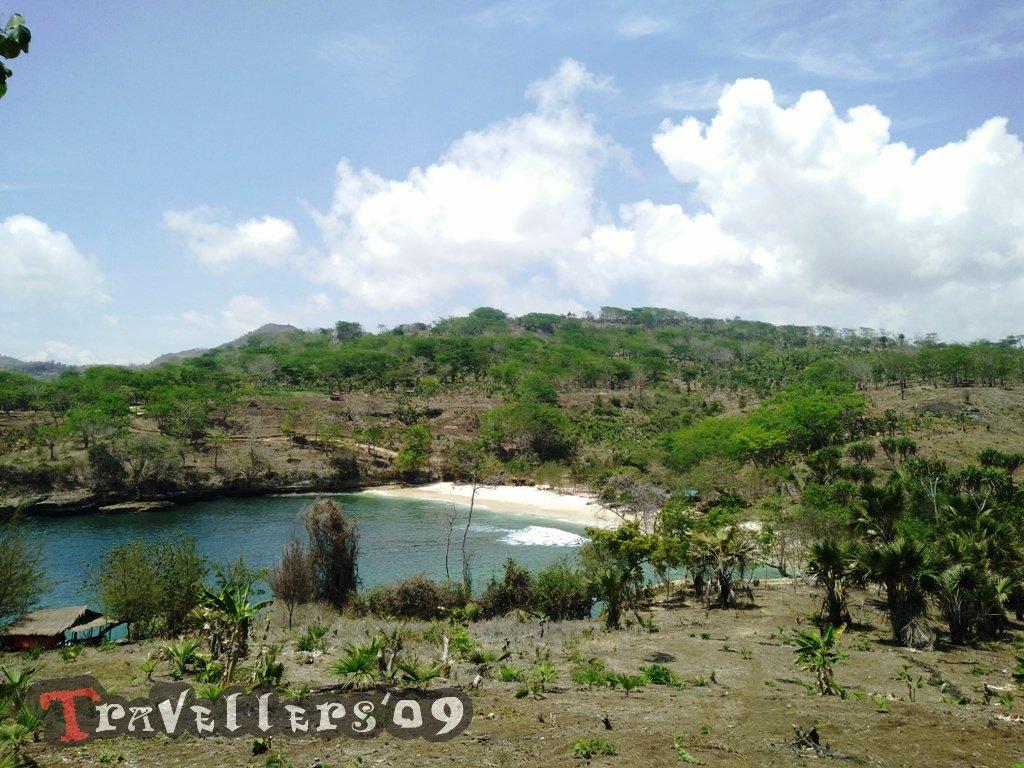 Pantai Coro, Pantai Alami yang Dekat dari Pantai Popoh Tulungagung 1