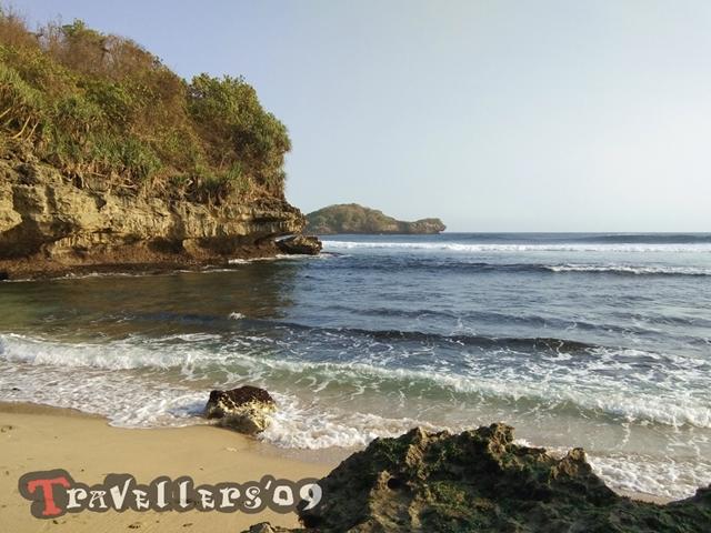 Pantai Peh Pulo, Raja Ampatnya Blitar 8