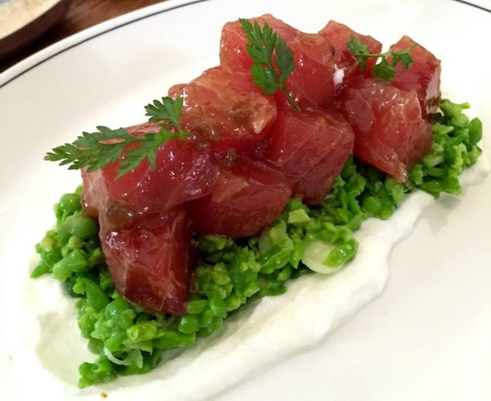 Tuna tartare with crushed pea salad