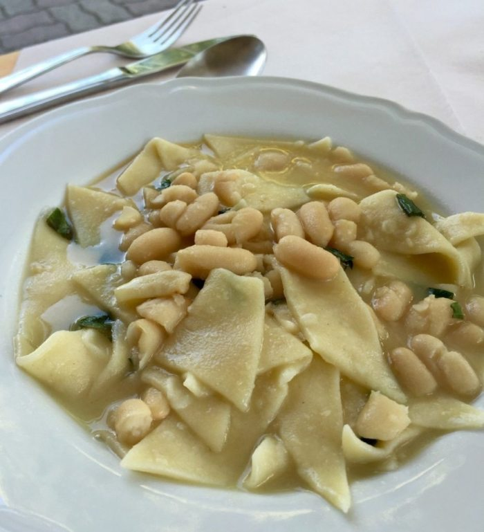 Pasta e fagioli with white sauce