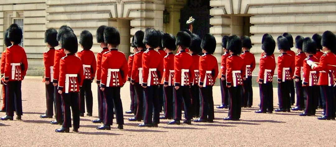 Changing-of-the-guards 2