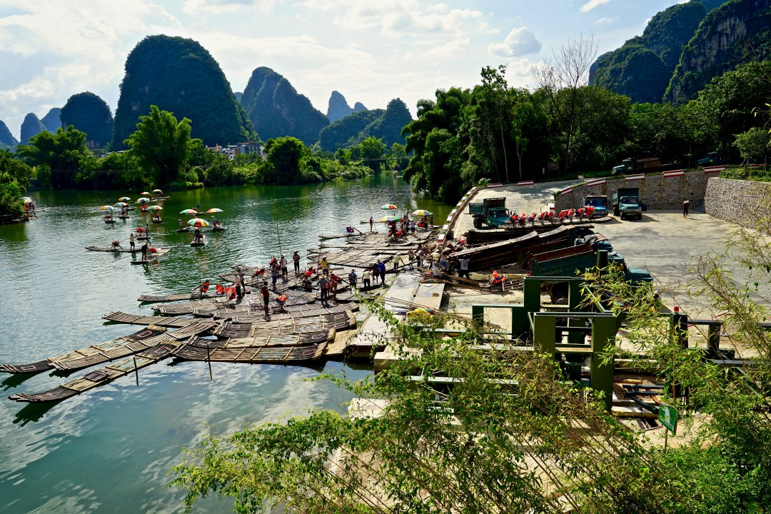 Yangshuo, Yulong River