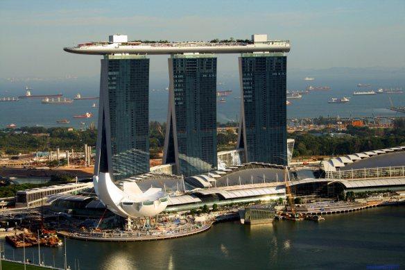 ОтельMarinaBaySands в Сингапуре