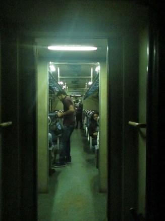 Suasana Kereta 2nd Class