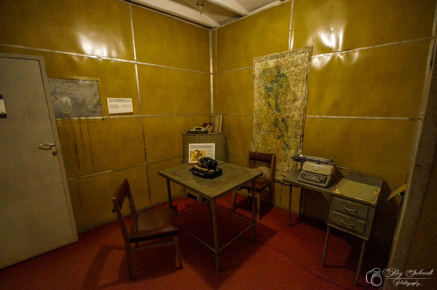 Communisme kantoor bunkart 2 Tirana