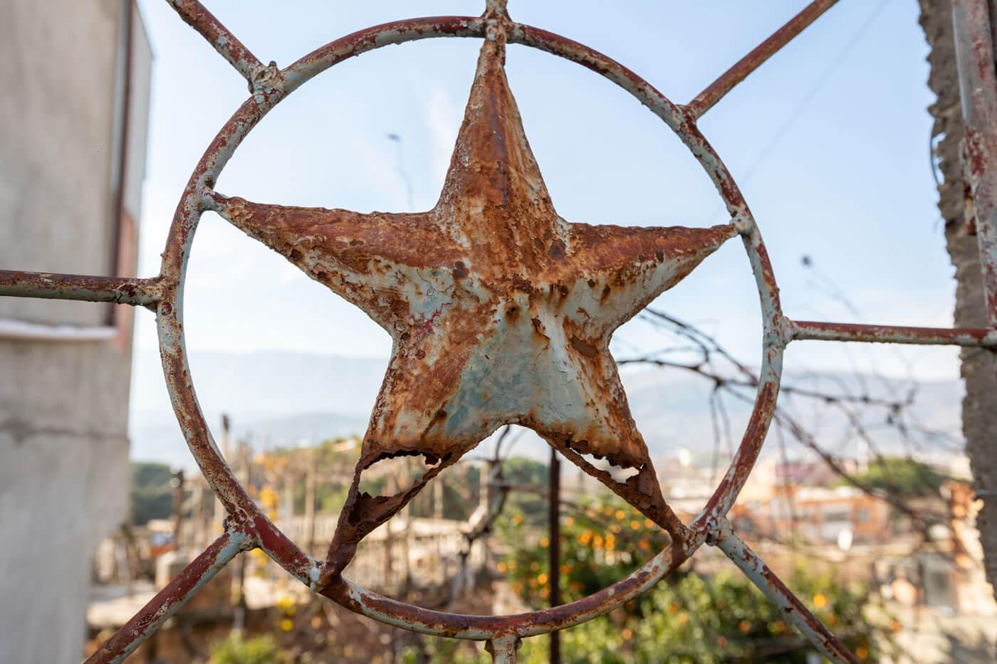 de geroeste communistische ster Albanie