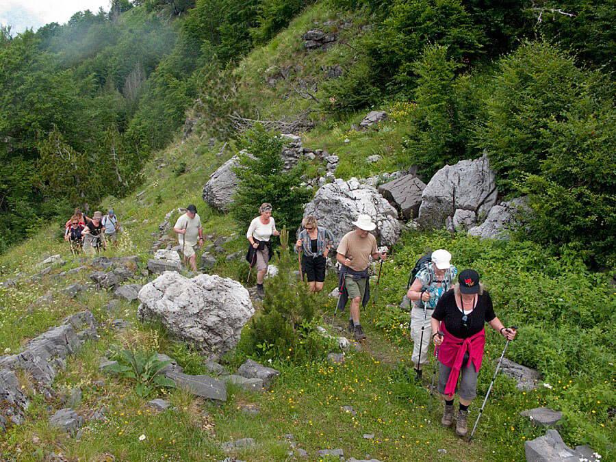 2011-Theth-Valbona-op-weg-naar-de-Valbonapas.-HZ