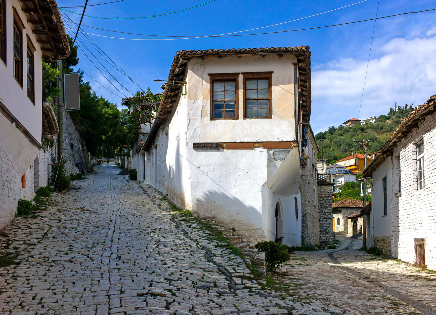 Smalle straatjes Berat, Albanië.