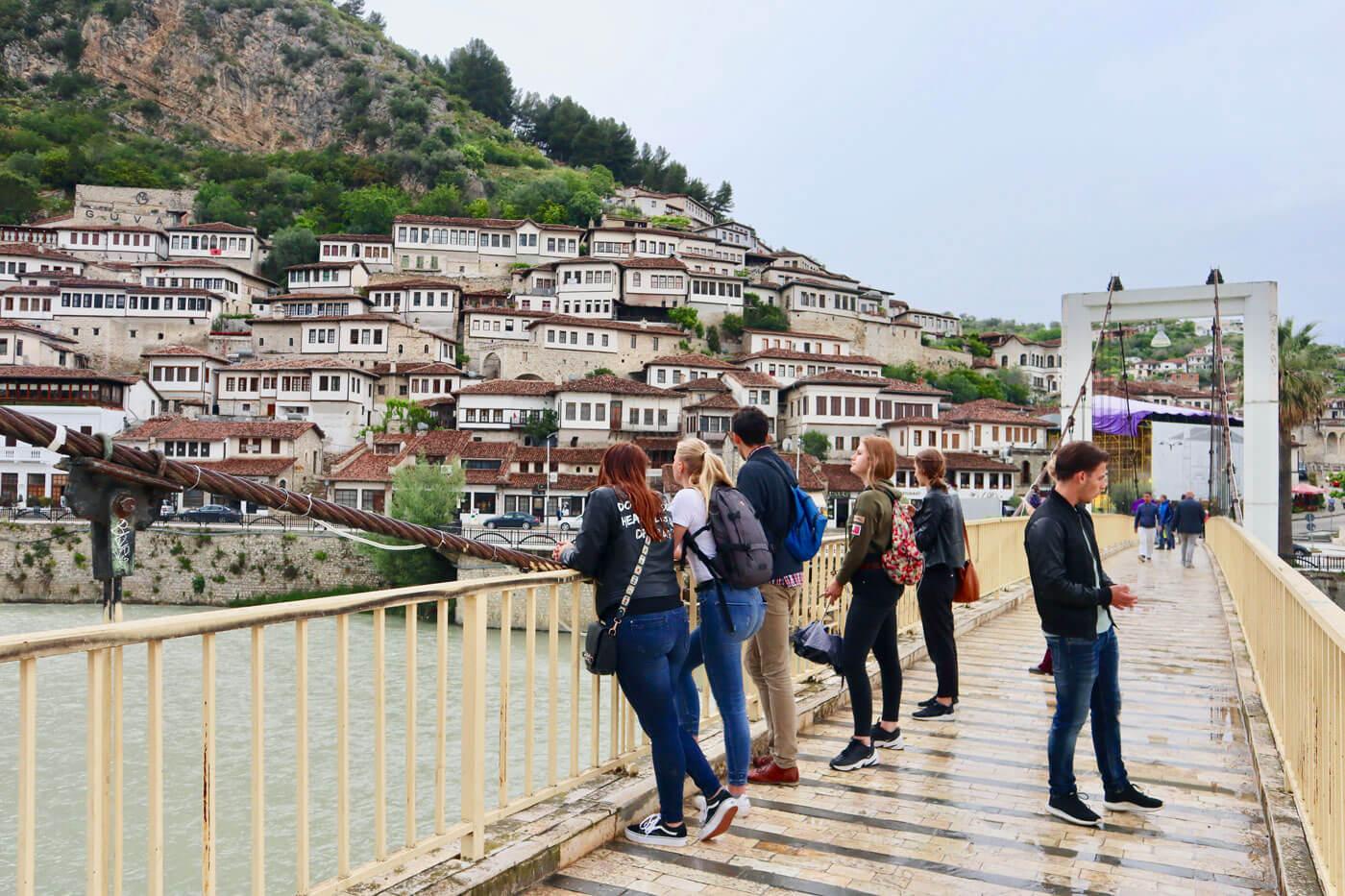 berat kijkend naar de ottomaanse huizen