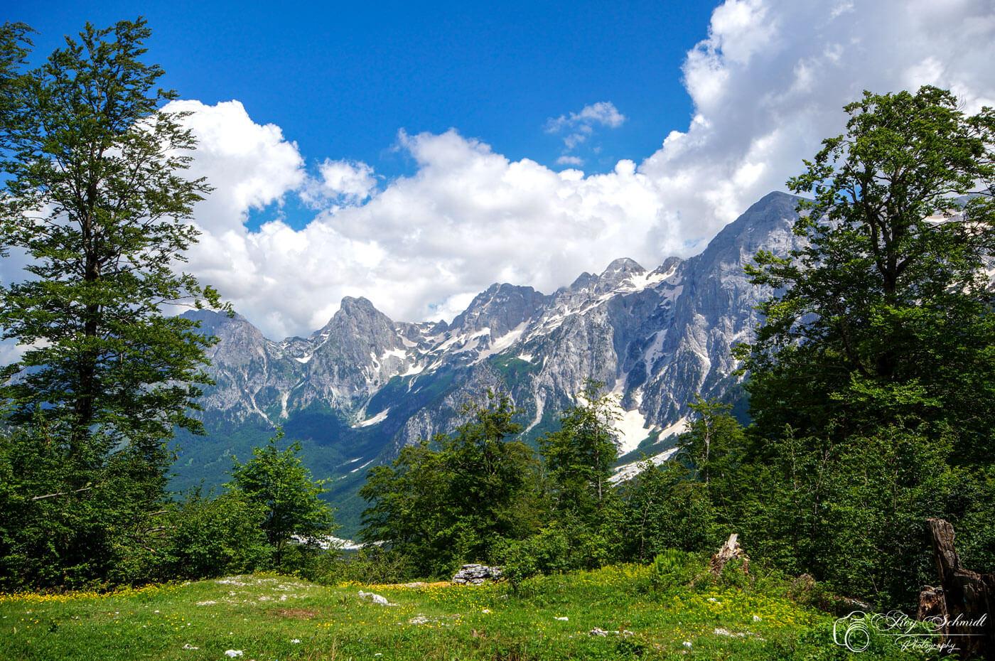 Bergenlandschap Albanie bij Valbona, noord Albanie