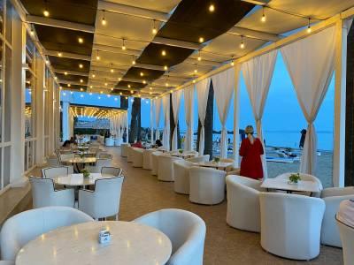 restaurant buiten adriatik hotel