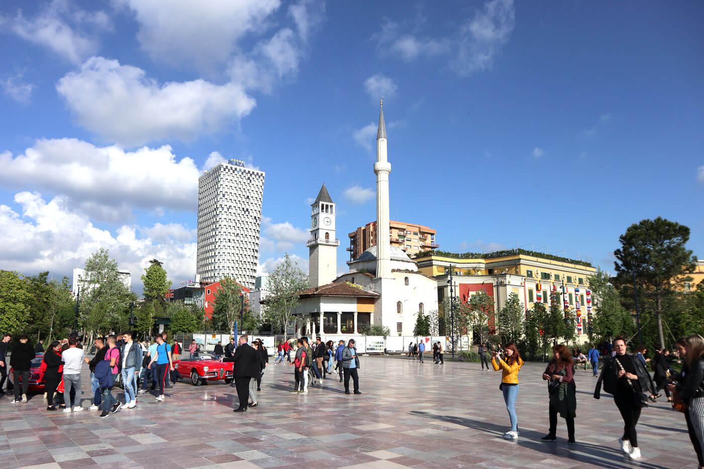 tirana-skanderberg plein